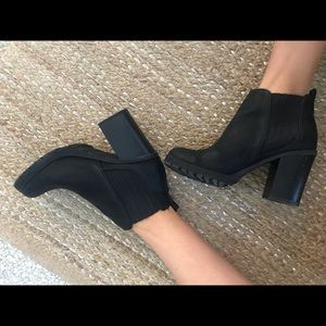 Sam&Libby Black Heeled Chunky Bootie Vegan Leather